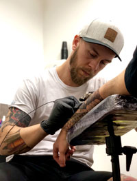 Matt Feeling Tattoo Landes